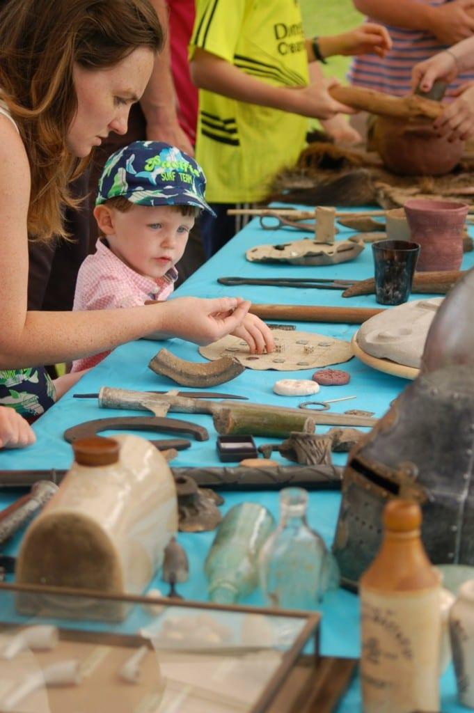 Summer-Archaeology-Dig-2016-at-Hillsborough-Castle-family