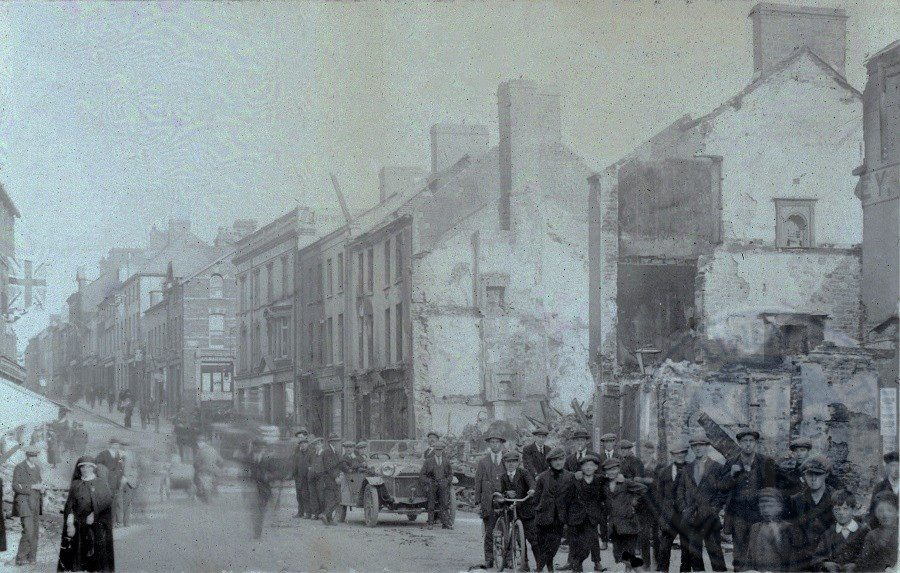 Burned out Bow Street, August 1920, ILC&LM Collection